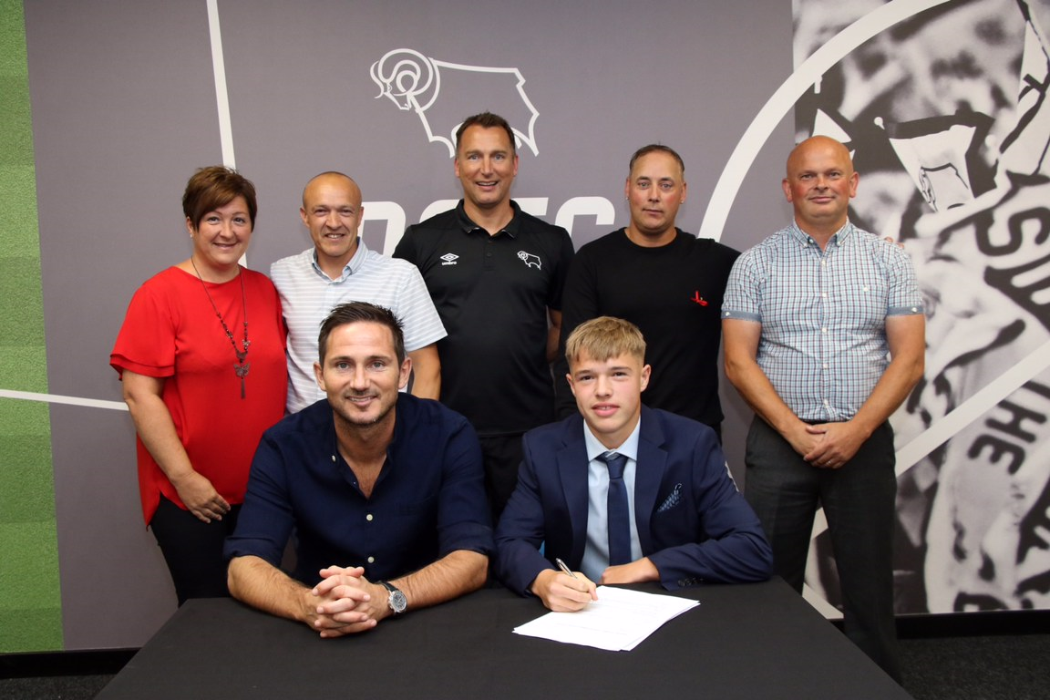 Liam Thompson signs for Derby County